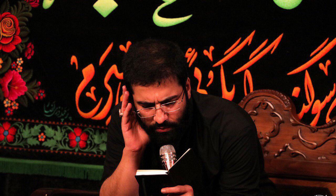تصویر از مداحی حاج حسین سیب سرخی دهه اول محرم ۹۸